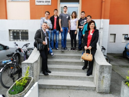 Živković Dušan, učenik odeljenja III-1, osvojio je treće mesto iz predmeta primena računara u građevinarstvu mentor profesor Nastić Dragan dipl. ing. arh